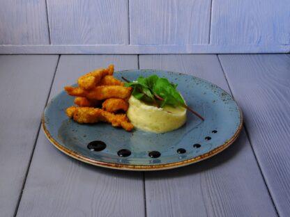 Куриные палочки с картофельным пюре